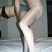 Nylon paramour boy fuck his cutie in green pantyhose.