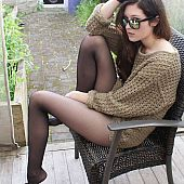 Caught outdoors amateur girl.