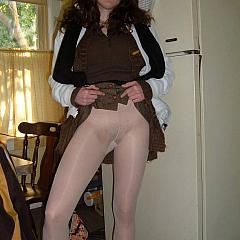 Pantyhose-Stockings four-eyed.