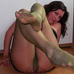 Pantyhose-Stockings scenes.