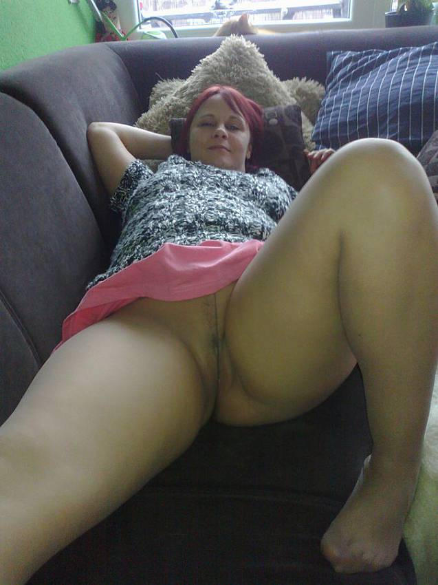 Not see Young wife pantyhose legs apologise