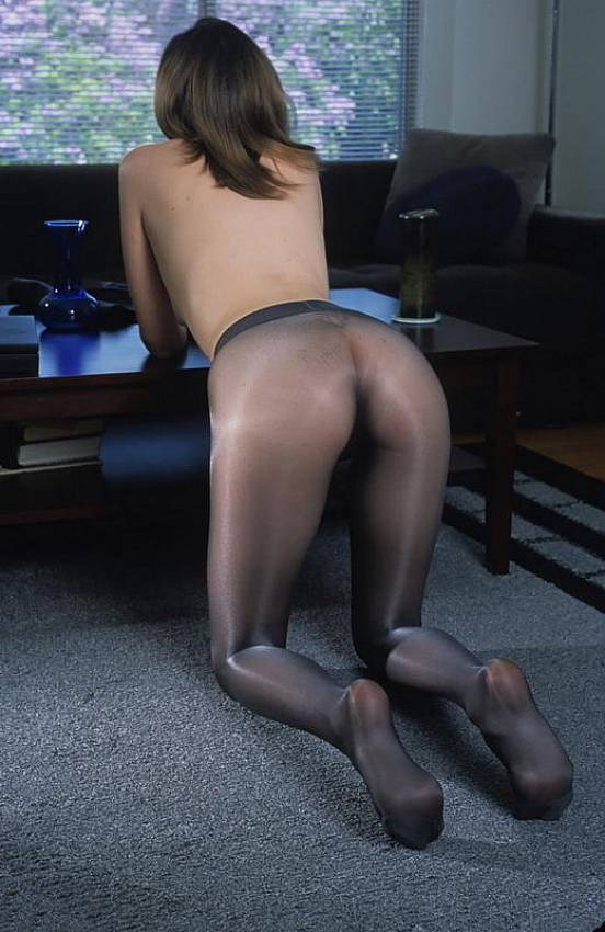 image Seamless pantyhose without panties