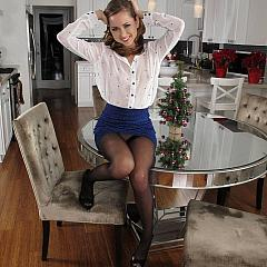 Pantyhose-Stockings charming.
