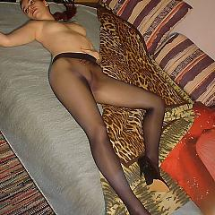 Pantyhose-Stockings dark.