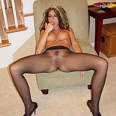 Pantyhose-Stockings dark.